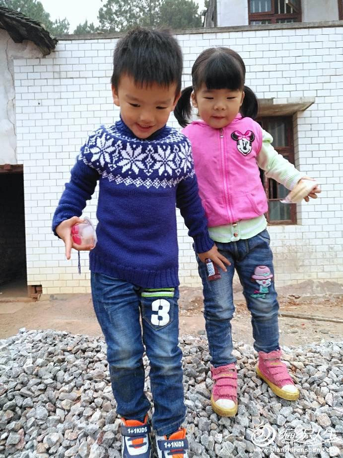 儿童棒针雪花套头毛衣