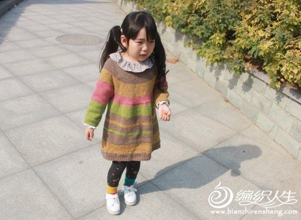 儿童棒针长袖连衣裙