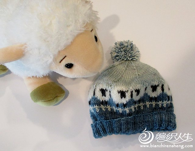 sheep_hat_light_2_medium2.jpg