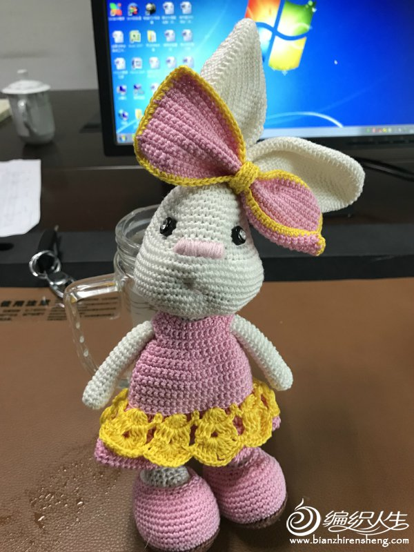 可爱钩针毛线兔子