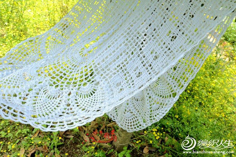 作品按图解钩33个水草花的长度后按图解钩花样,具体大小可根据自家
