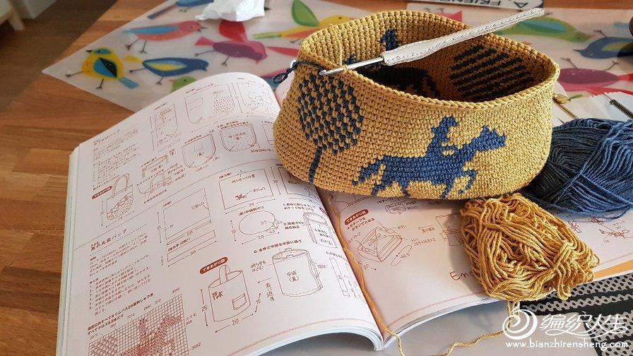 【引用】童话——跟着阿木一起做双面钩针提花小手袋(自制教程) - 壹一 - 壹一编织博客