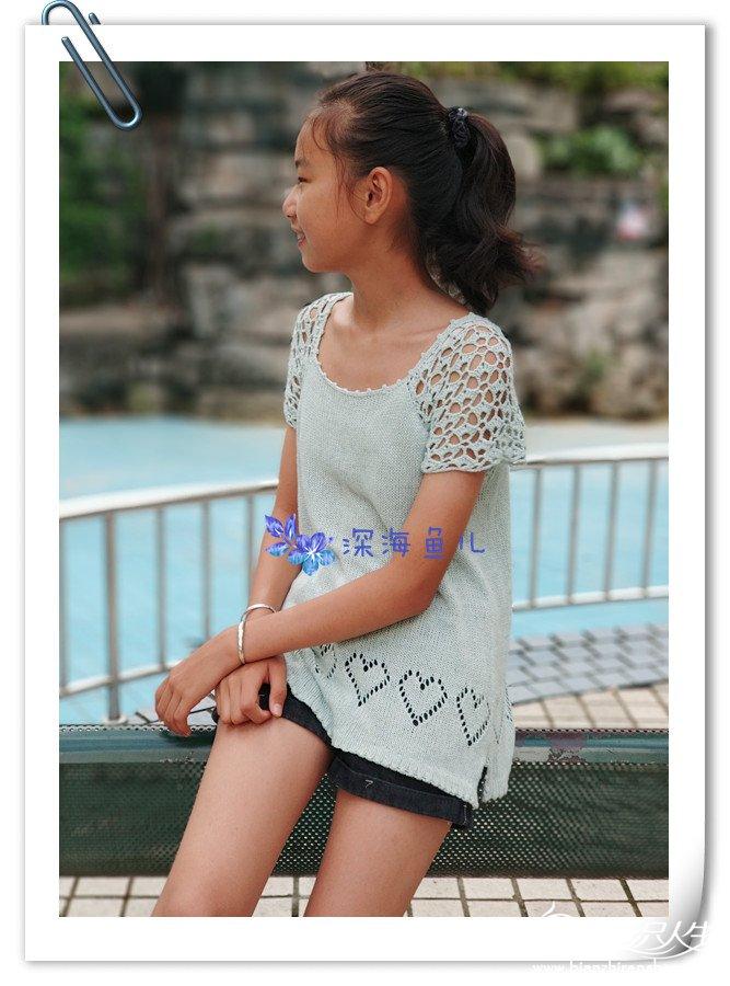 钩织结合儿童短袖衫