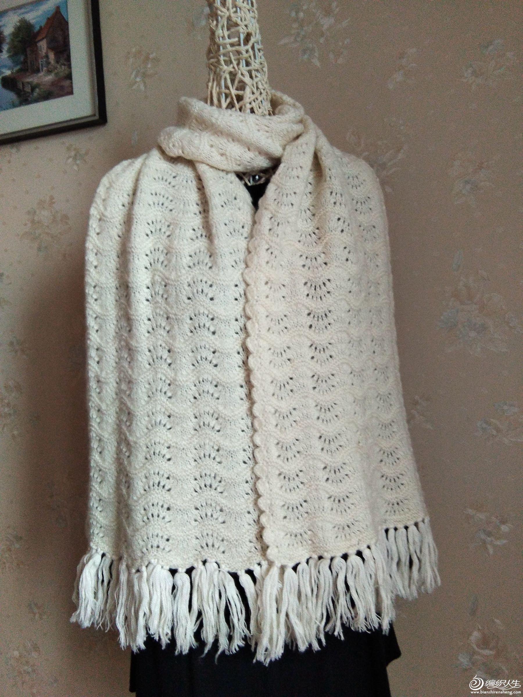 白围巾1.jpg