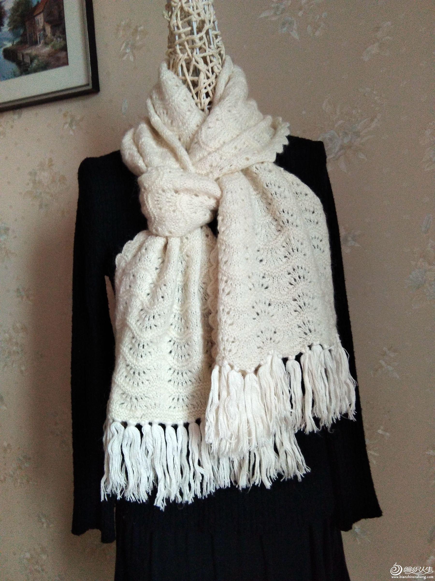 白围巾2.jpg