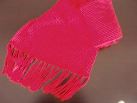 红色围巾1.JPG