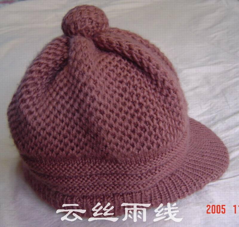 用渔网针织成的帽子效果图