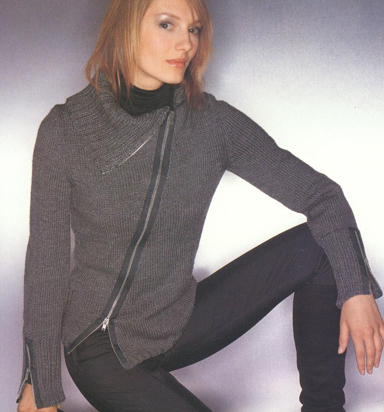 简单时尚的毛衣