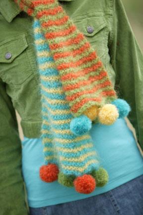 43-pom-pom-scarf.jpg