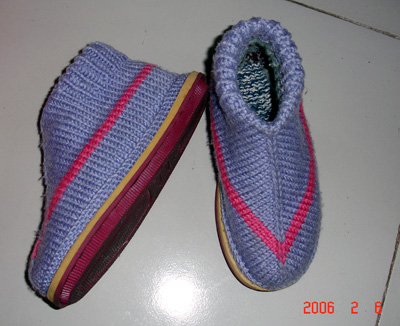 自己穿的,鞋的织法要感谢zhxqll大姐的图示说明