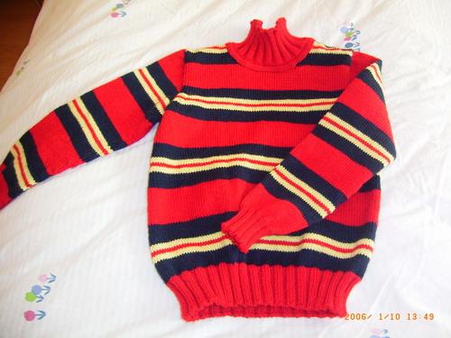 小女孩的毛衣
