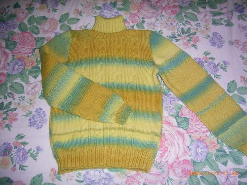 给朋友织的彩条渐变毛衣