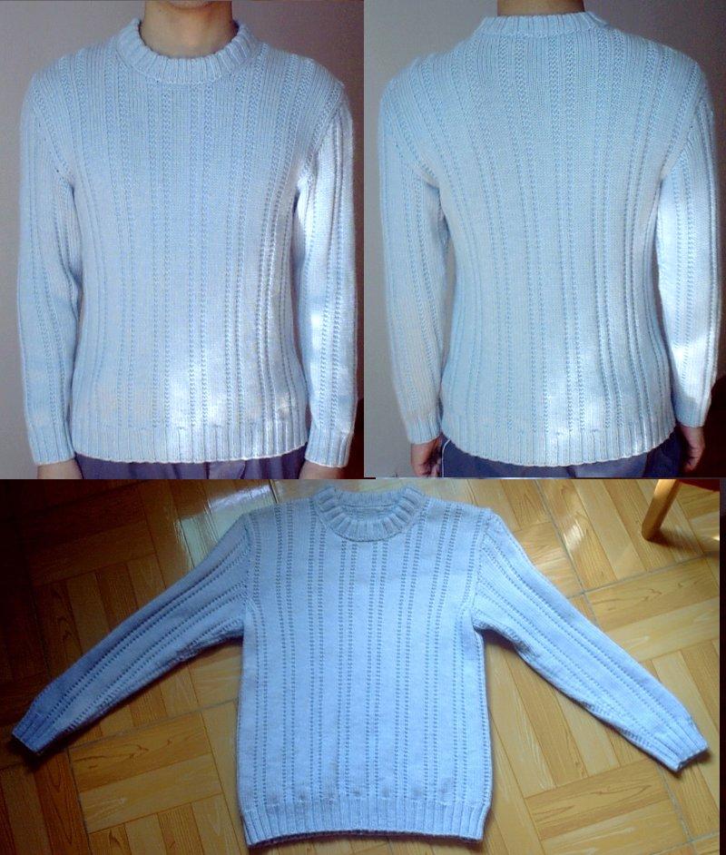 老公的蓝毛衣  这件是用小曼的70价位区的纯羊毛织成,效果连挑得很的婆婆都说像买的一样呢。就是