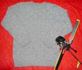 给男朋友的方块毛衣,织好了天天穿着领子有点脏了*^_^*