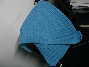 最后偶自己的毯子,钩了一半,呵呵