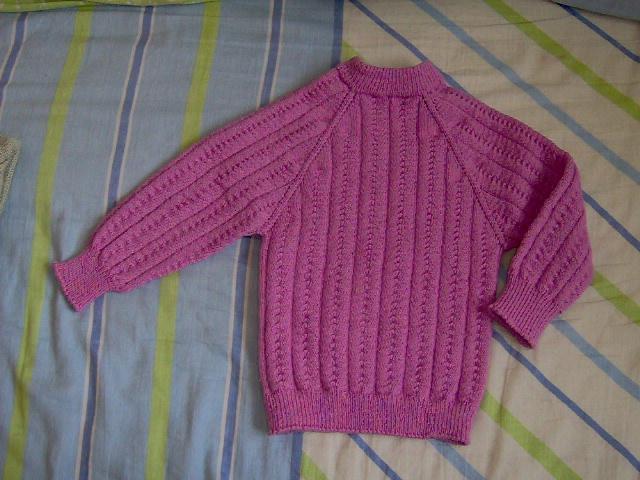 还有几件yy,小姨给女儿织的