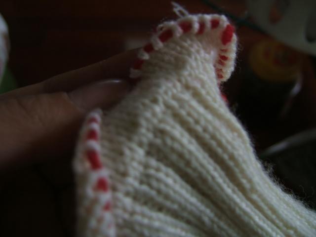 织好了就用线穿起来(好麻烦哦)