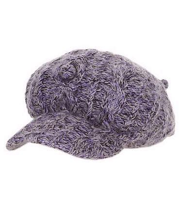毛线鸭舌帽,造型简单,流行味十足