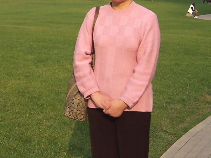 粉红圆领套衫1.jpg