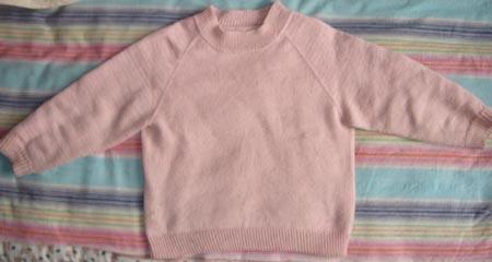 粉色的毛衣