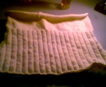 停工的半截毛衣