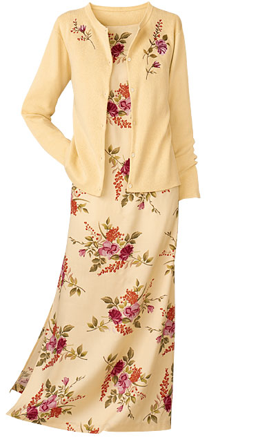 鹅黄毛衣及裙.jpg