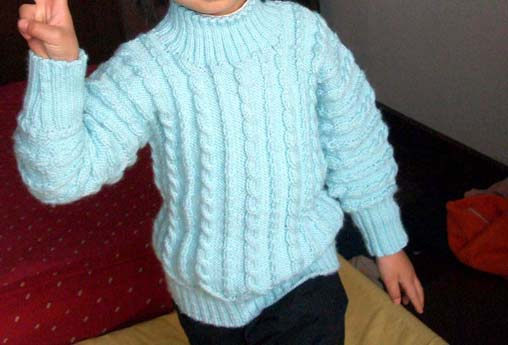 蓝毛衣服4.jpg