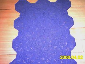第九件:用猫猫妈的圆棉线织的小风车毯子,用了1。6斤线线,完工尺寸是1。1×1。4,用7号针织的。