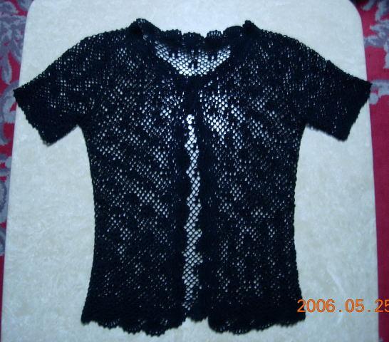 黑色开衫,用线四两左右