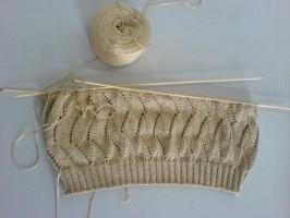 给儿子织的丝光棉纱背心