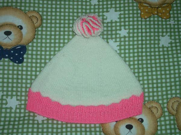 前年给宝宝织的帽子