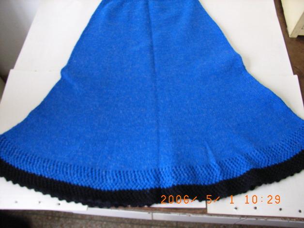 上学时织的裙子