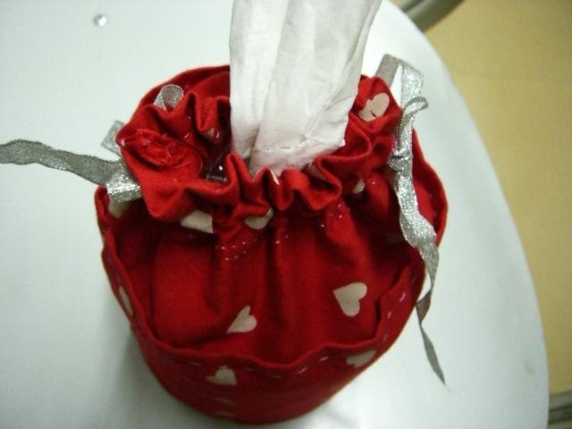 手工做的纸巾筒