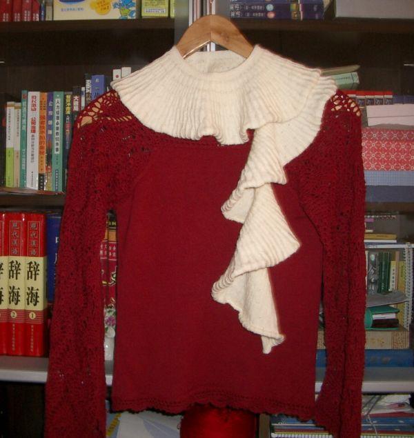 """仿坛子里叮当姥姥的围巾,""""蔷薇花园""""的象牙百色美丽努羊毛绒,48支,4股,14号针,2两线,60针织3圈长。"""