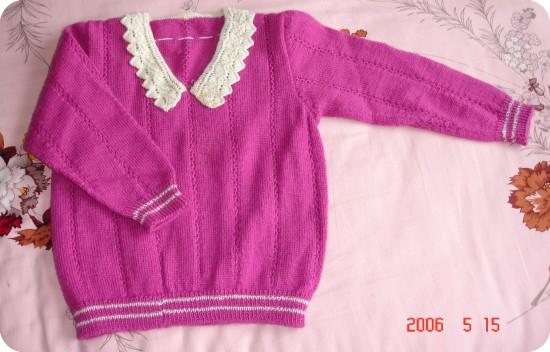 这件紫红衣服漂亮吧,真是又简单又大方