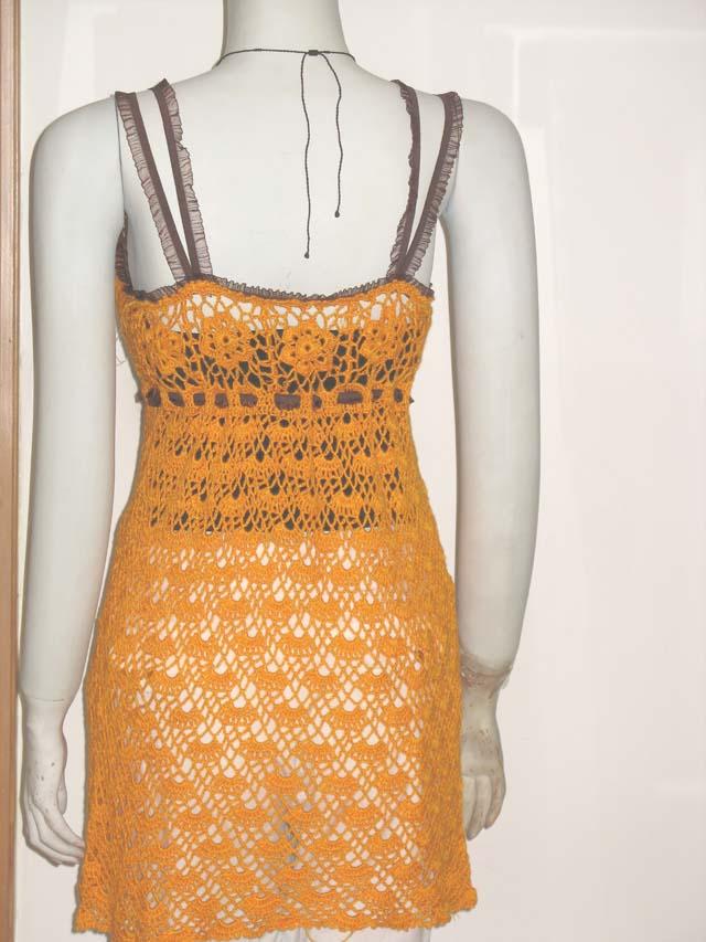 橙色吊带衫后面效果图