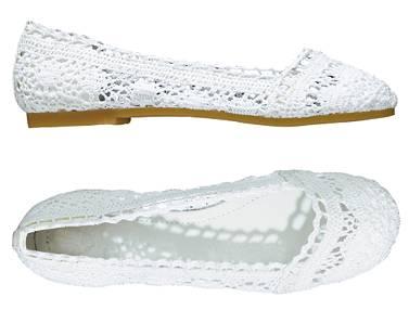 白色钩花皮鞋-20060721-2.jpg