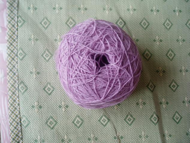 这个也是棉羊绒啊!有0.5斤,和上面的一样啦50一斤,25元拿去!!