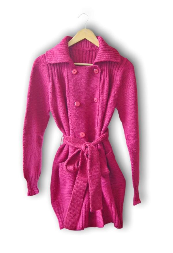 一件红色的全羊毛大衣