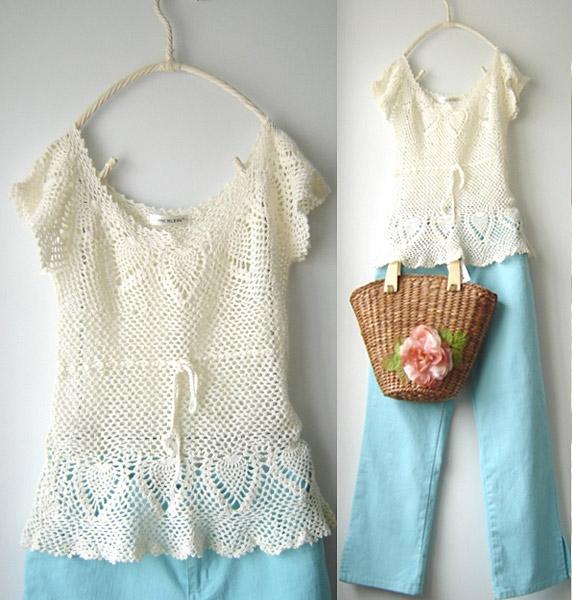 白色菠萝花短袖衫.jpg