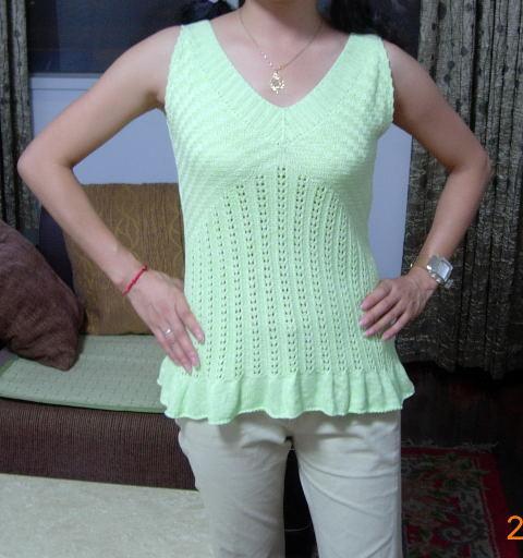 绿色丝光棉线无袖衫(正面)
