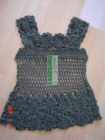 成衣,镂空织的是长长针,双股棉线
