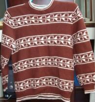 这是同学儿子羊毛衫上的图案,也是照着样子给儿子织了一件,现在儿子已穿不上了,也来秀一下.