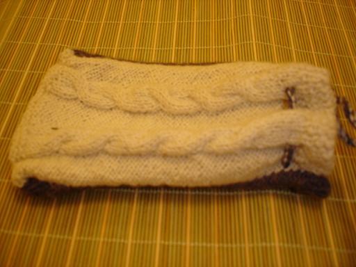 旧毛线织的数码相机袋