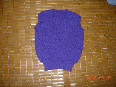 非坛子的线线,也是织给妹妹女儿的。