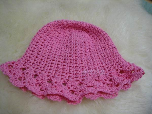 给朋友家小孩的帽子