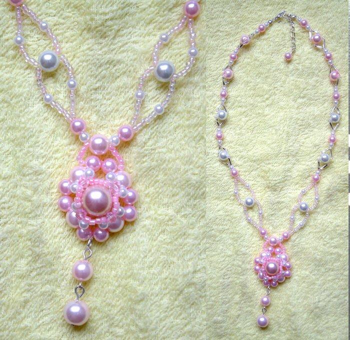 粉红珍珠串珠链