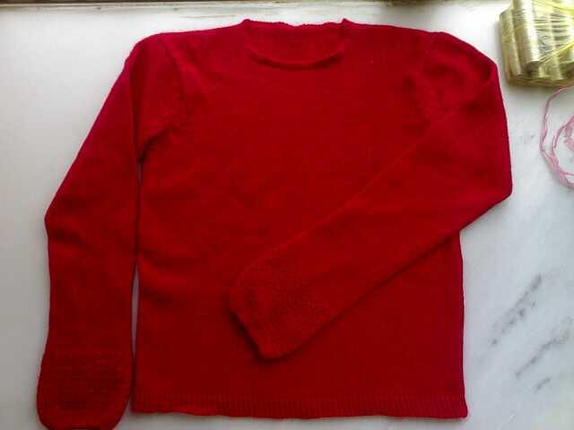 再发个红的,也是兔毛的,这件衣衣没有什么特别的,只是袖子边是钩的