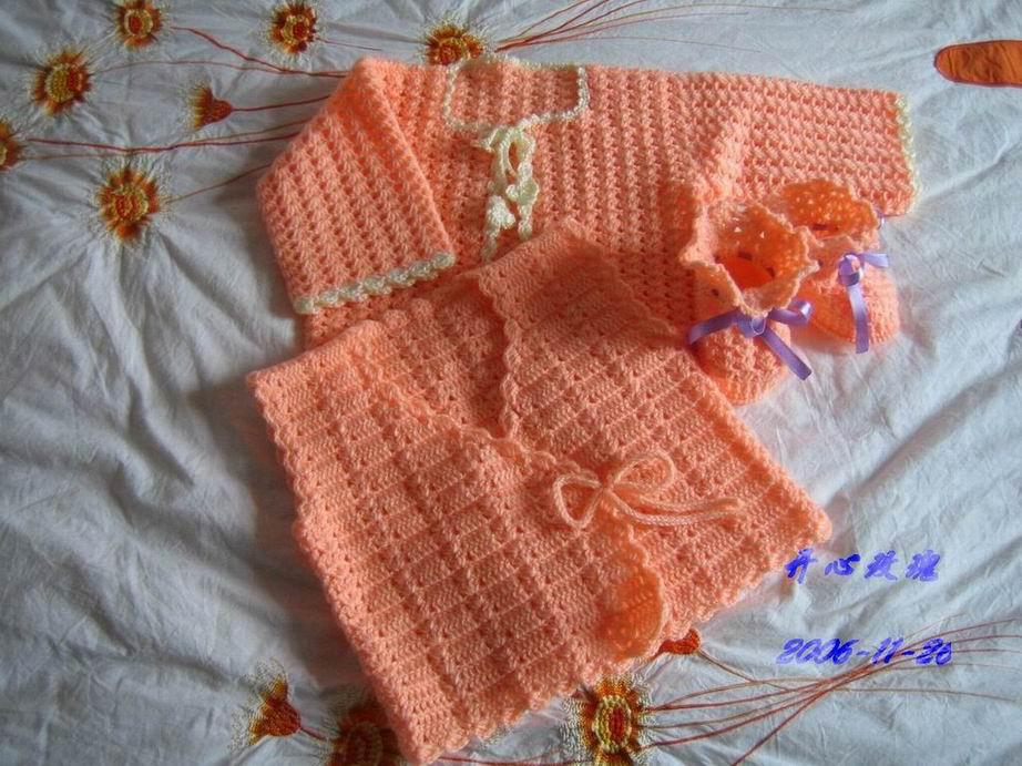 米米妹的宝宝绒线钩的宝宝三件套