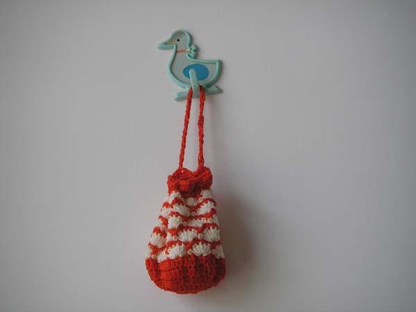 小草莓手袋,送给朋友了